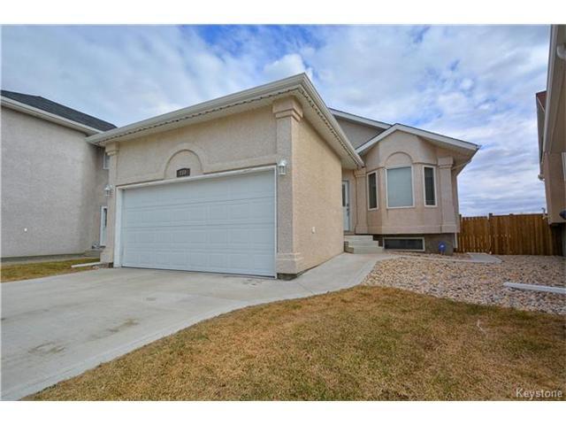 Main Photo: 110 La Porte Drive in Winnipeg: St Norbert Residential for sale (1Q)  : MLS®# 1709621