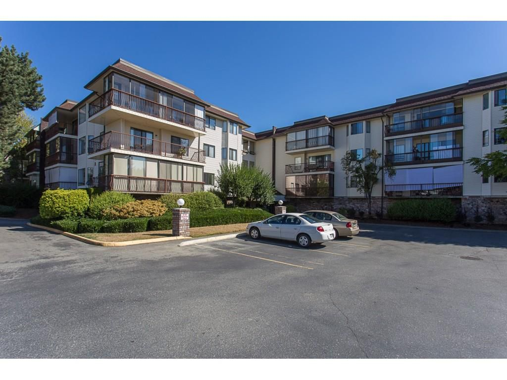 "Main Photo: 104 2414 CHURCH Street in Abbotsford: Abbotsford West Condo for sale in ""Autumn Terrace"" : MLS®# R2200738"