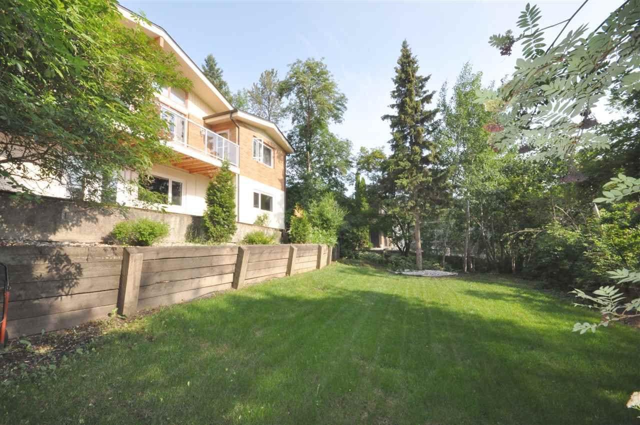 Photo 27: Photos: 95 VALLEYVIEW Crescent in Edmonton: Zone 10 House for sale : MLS®# E4151478