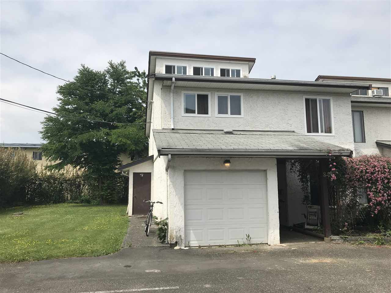 Main Photo: 8 9251 HAZEL Street in Chilliwack: Chilliwack E Young-Yale Townhouse for sale : MLS®# R2375202