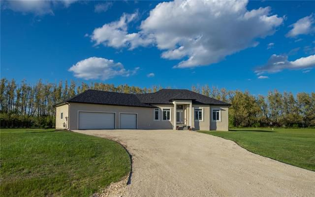 Main Photo: 36 Jack Road in St Clements: Residential for sale (R02)  : MLS®# 1915871