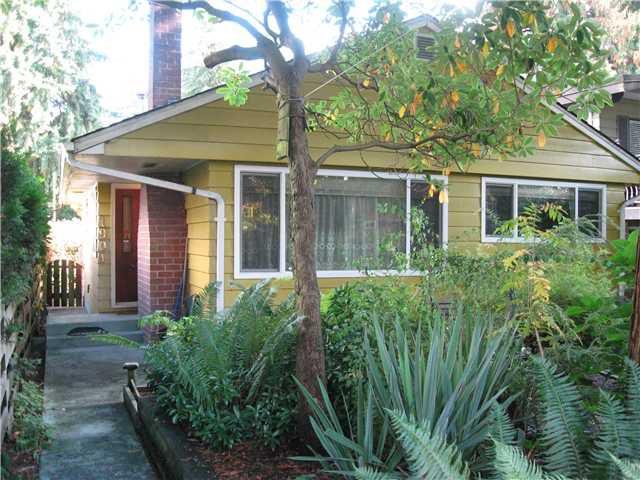 Main Photo: 1904 GARDEN Avenue in North Vancouver: Pemberton NV House for sale : MLS®# V917377