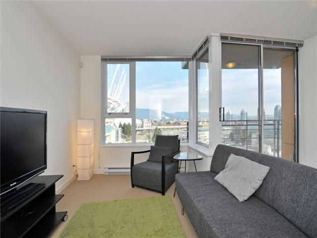 "Main Photo: 1201 33 SMITHE Street in Vancouver: Yaletown Condo for sale in ""Coopers Lookout"" (Vancouver West)  : MLS®# V924404"