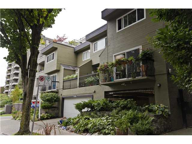 "Main Photo: 2 1285 HARWOOD Street in Vancouver: West End VW Townhouse for sale in ""HARWOOD COURT"" (Vancouver West)  : MLS®# V924887"