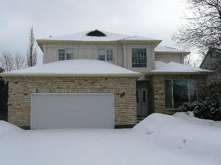 Main Photo: 46 Harry Wyatt Place: Residential for sale (St. Vital)  : MLS®# 2803880