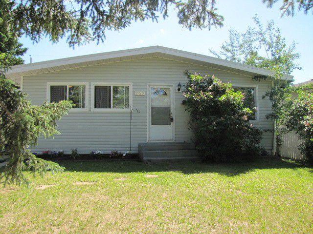 Main Photo: 9203 116TH Avenue in Fort St. John: Fort St. John - City NE House for sale (Fort St. John (Zone 60))  : MLS®# N237570