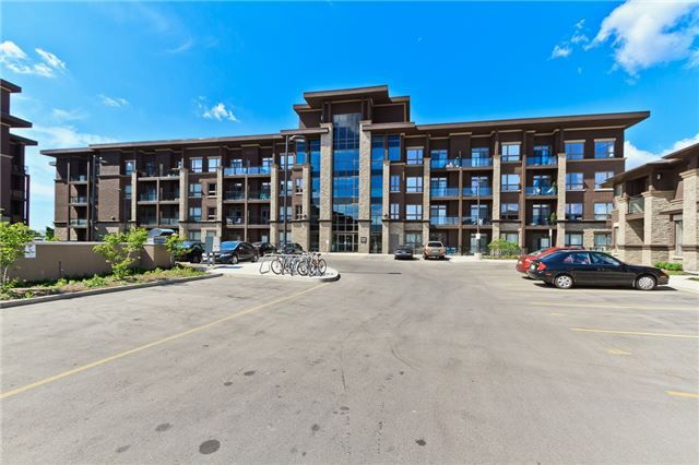 Main Photo: 301 5020 Corporate Drive in Burlington: Uptown Condo for lease : MLS®# W3564776