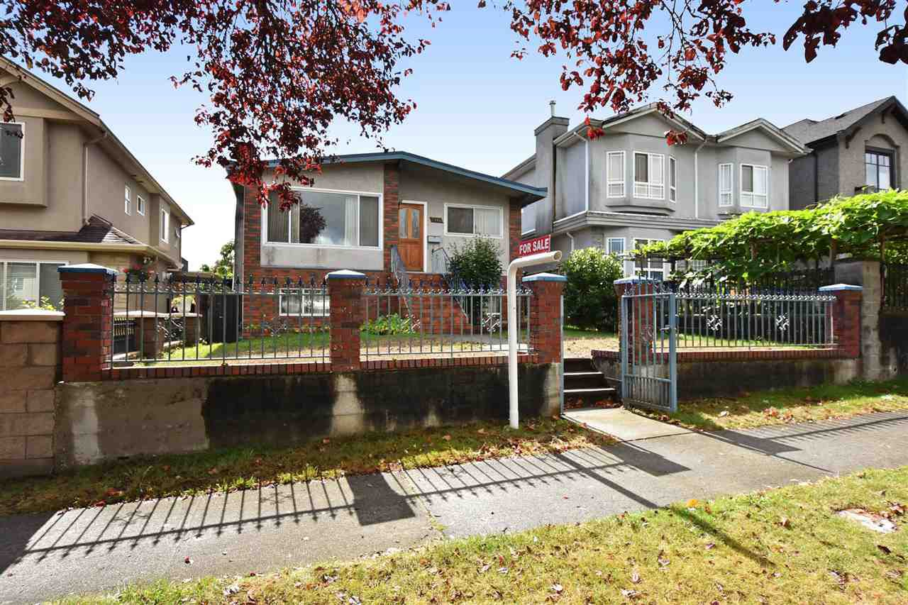 Main Photo: 2166 E 39TH Avenue in Vancouver: Victoria VE House for sale (Vancouver East)  : MLS®# R2119233