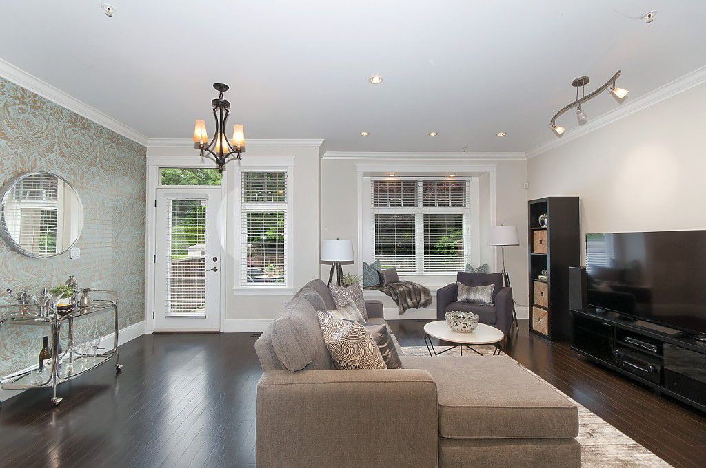 Photo 15: Photos: 2349 W 8TH Avenue in Vancouver: Kitsilano House 1/2 Duplex for sale (Vancouver West)  : MLS®# R2180429