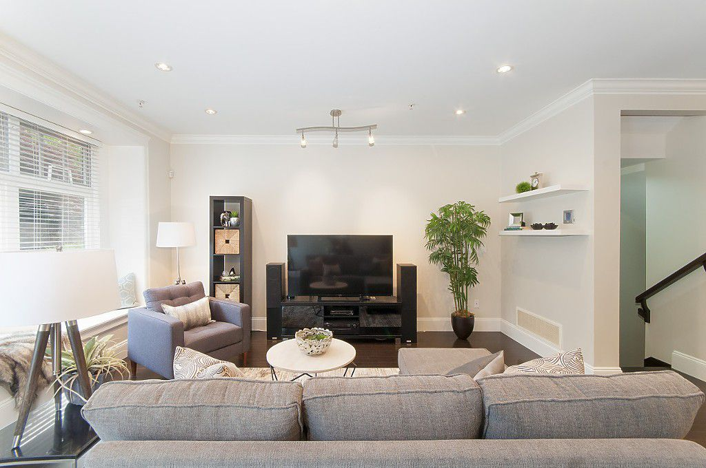 Photo 18: Photos: 2349 W 8TH Avenue in Vancouver: Kitsilano House 1/2 Duplex for sale (Vancouver West)  : MLS®# R2180429