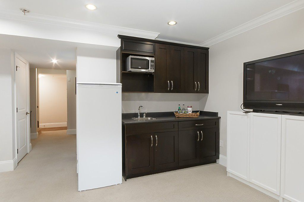 Photo 35: Photos: 2349 W 8TH Avenue in Vancouver: Kitsilano House 1/2 Duplex for sale (Vancouver West)  : MLS®# R2180429