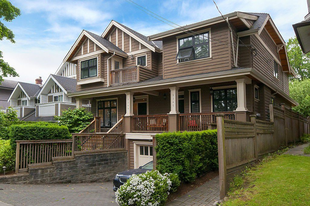 Photo 2: Photos: 2349 W 8TH Avenue in Vancouver: Kitsilano House 1/2 Duplex for sale (Vancouver West)  : MLS®# R2180429