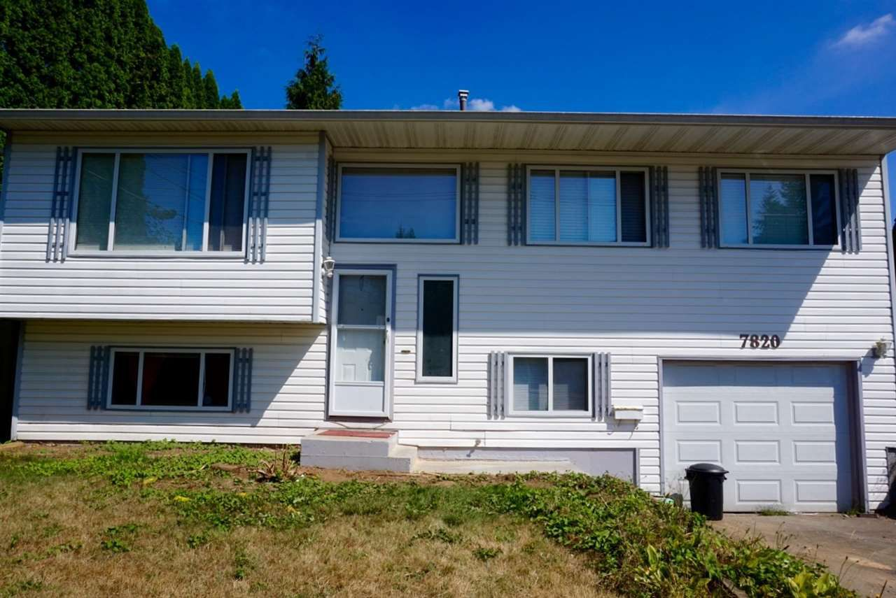Main Photo: 7820 HURD Street in Mission: Mission BC House for sale : MLS®# R2197062