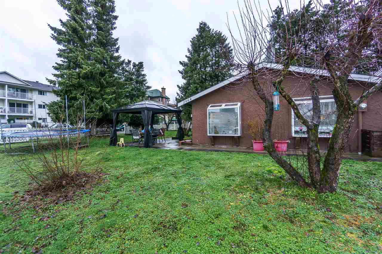 Main Photo: 2964 PROSPECT Street in Abbotsford: Abbotsford West House for sale : MLS®# R2239106