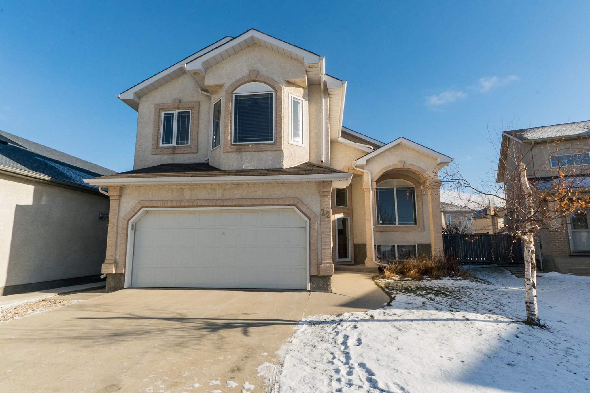 Main Photo: 22 Wingate Court in Winnipeg: Residential for sale (1M)  : MLS®# 1829907