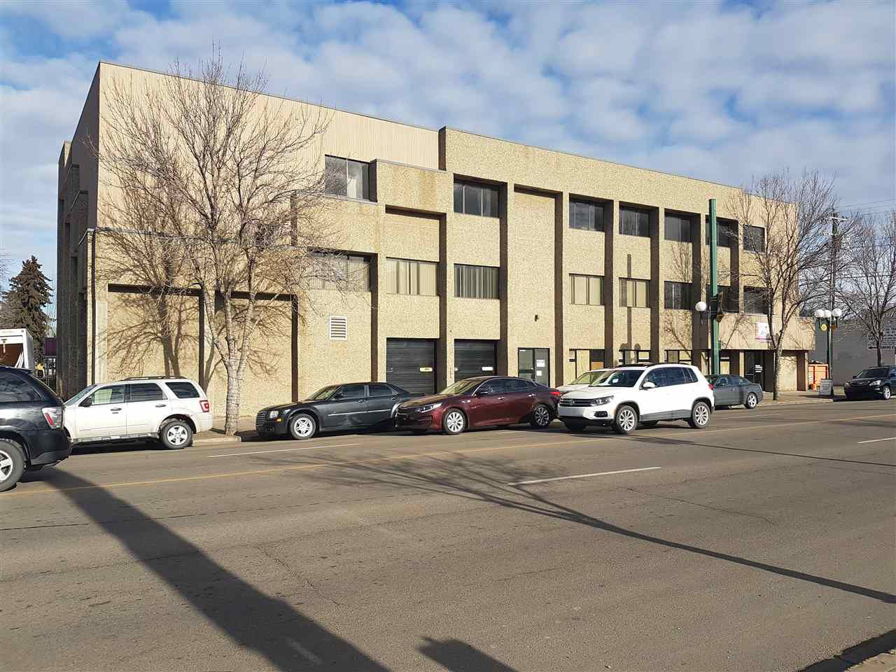 Main Photo: 10508 107 Avenue in Edmonton: Zone 08 Office for sale : MLS®# E4143346