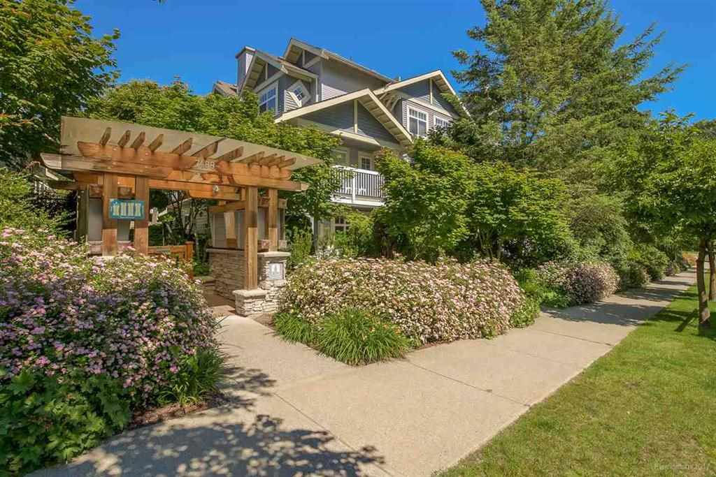 """Main Photo: 28 7488 SOUTHWYNDE Avenue in Burnaby: South Slope Townhouse for sale in """"LEDGESTONE I"""" (Burnaby South)  : MLS®# R2345140"""