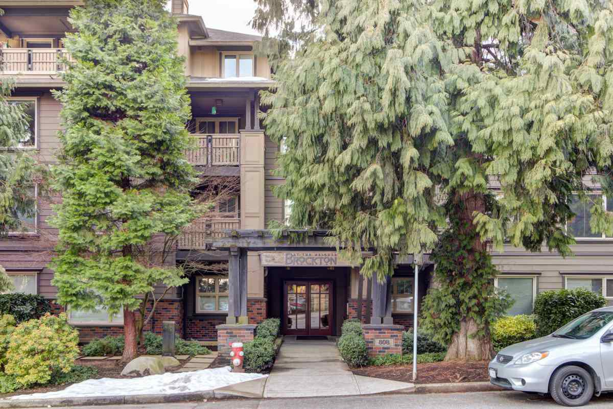 """Main Photo: 218 808 SANGSTER Place in New Westminster: The Heights NW Condo for sale in """"THE BROCKTON"""" : MLS®# R2349331"""
