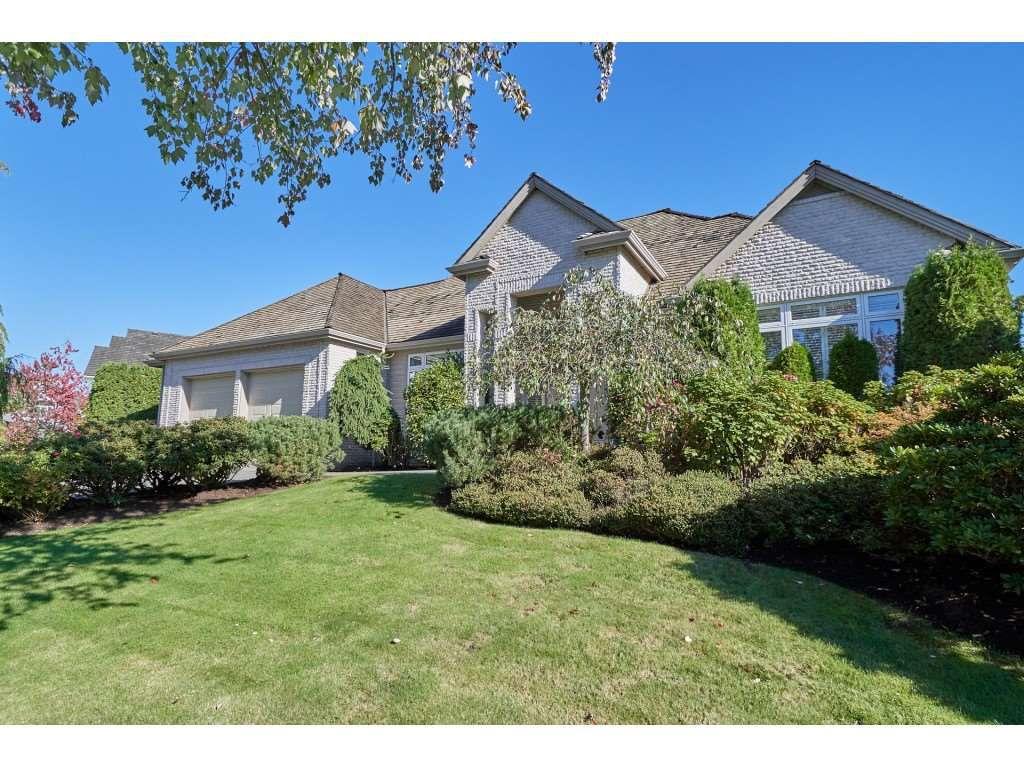 "Main Photo: 16198 MORGAN CREEK Crescent in Surrey: Morgan Creek House for sale in ""Morgan Creek"" (South Surrey White Rock)  : MLS®# R2365550"