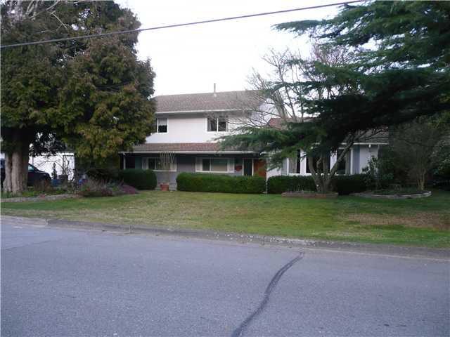 """Main Photo: 998 53A Street in Tsawwassen: Tsawwassen Central House for sale in """"TSAWWASSEN HEIGHTS"""" : MLS®# V873311"""