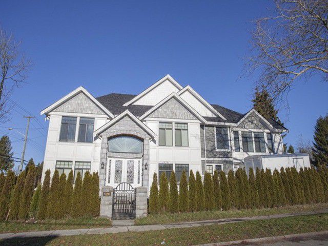 Main Photo: 13201 92B Avenue in Surrey: Queen Mary Park Surrey House for sale : MLS®# F1429410