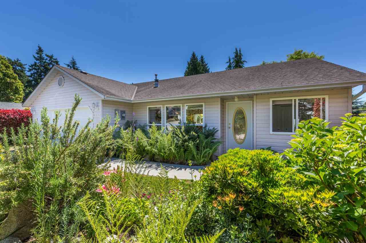 "Main Photo:  in Sechelt: Sechelt District House for sale in ""WEST SECHELT"" (Sunshine Coast)  : MLS®# R2181767"