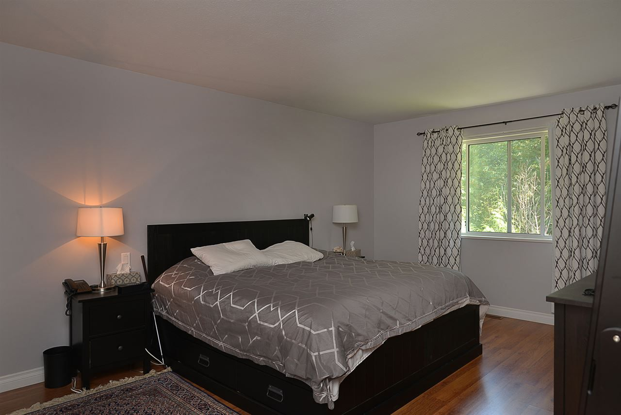 Photo 6: Photos: 852 TRALEE Place in Gibsons: Gibsons & Area House for sale (Sunshine Coast)  : MLS®# R2199333