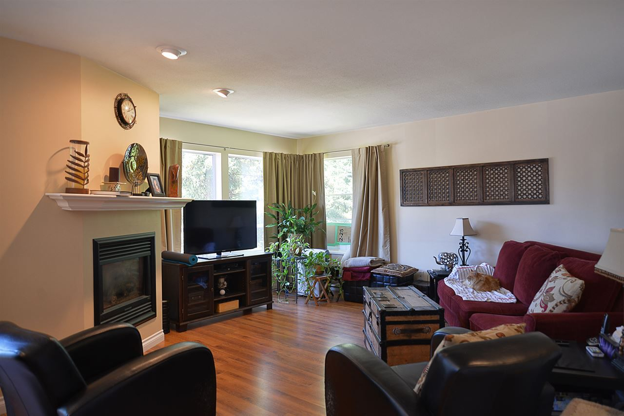 Photo 5: Photos: 852 TRALEE Place in Gibsons: Gibsons & Area House for sale (Sunshine Coast)  : MLS®# R2199333
