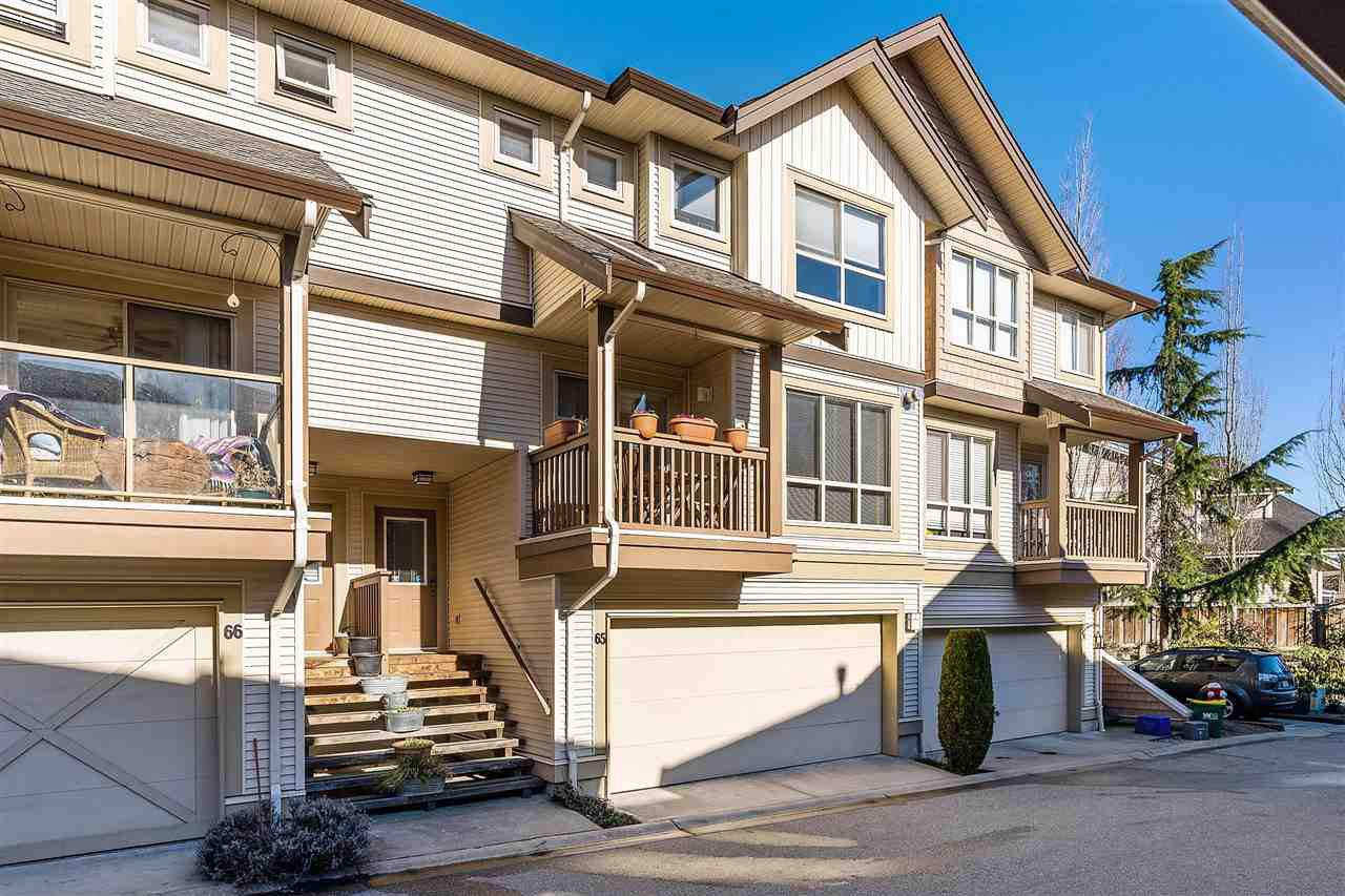 "Main Photo: 65 20350 68 Avenue in Langley: Willoughby Heights Townhouse for sale in ""Sunridge"" : MLS®# R2344309"