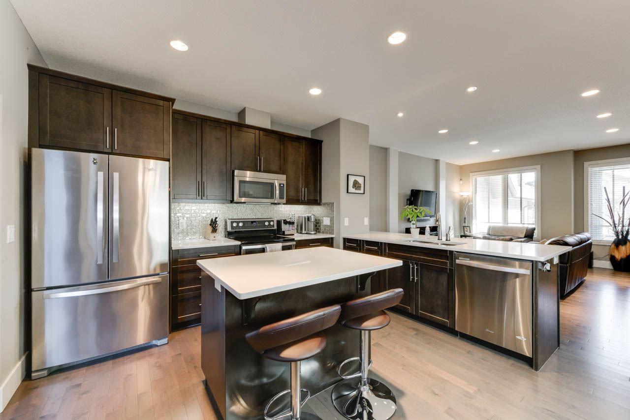 Main Photo: 3238 ALLAN Way in Edmonton: Zone 56 Attached Home for sale : MLS®# E4157540