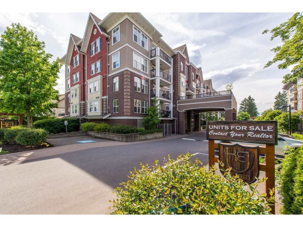 """Main Photo: 202 8933 EDWARD Street in Chilliwack: Chilliwack W Young-Well Condo for sale in """"King Edward"""" : MLS®# R2371740"""