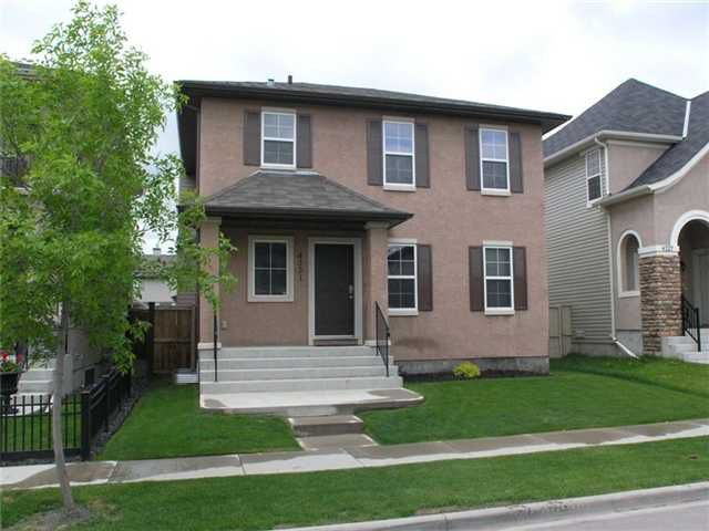 Main Photo: 4331 ELGIN Avenue SE in CALGARY: McKenzie Towne Residential Detached Single Family for sale (Calgary)  : MLS®# C3481526