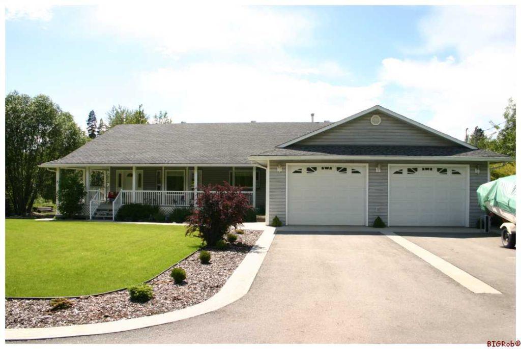 Main Photo: 2201 NE 50 Street in Salmon Arm: NE Salmon Arm Residential Detached for sale : MLS®# 10049411