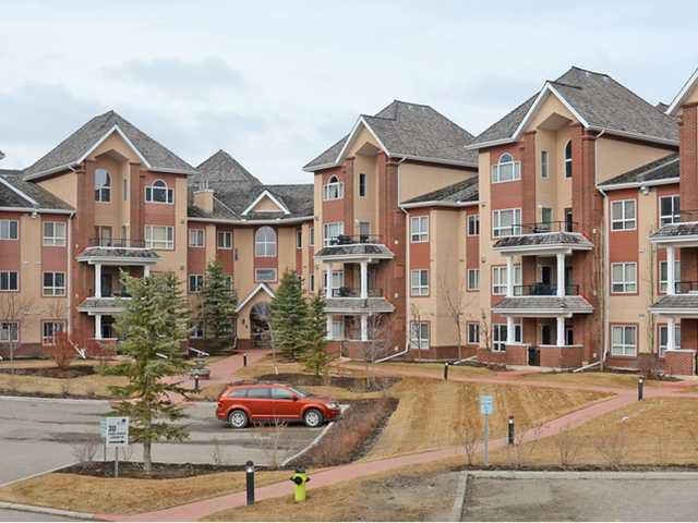 Main Photo: 125 30 SIERRA MORENA Landing SW in CALGARY: Richmond Hill Condo for sale (Calgary)  : MLS®# C3612407