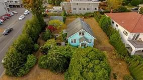 Main Photo: 15409 BUENA VISTA Avenue: White Rock House for sale (South Surrey White Rock)  : MLS®# R2129608
