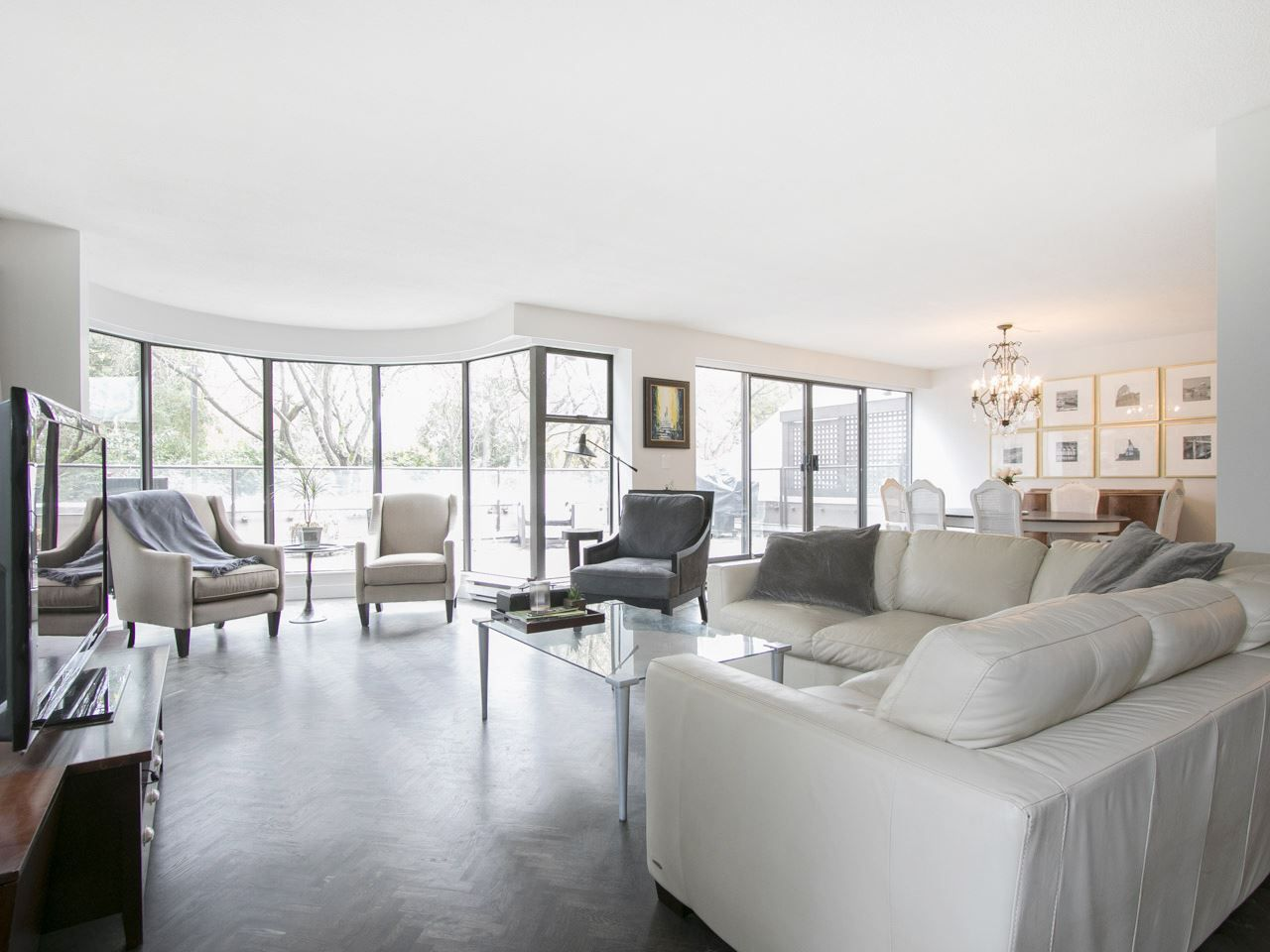 """Main Photo: 24 1425 LAMEY'S MILL Road in Vancouver: False Creek Condo for sale in """"HARBOUR TERRACE"""" (Vancouver West)  : MLS®# R2137664"""