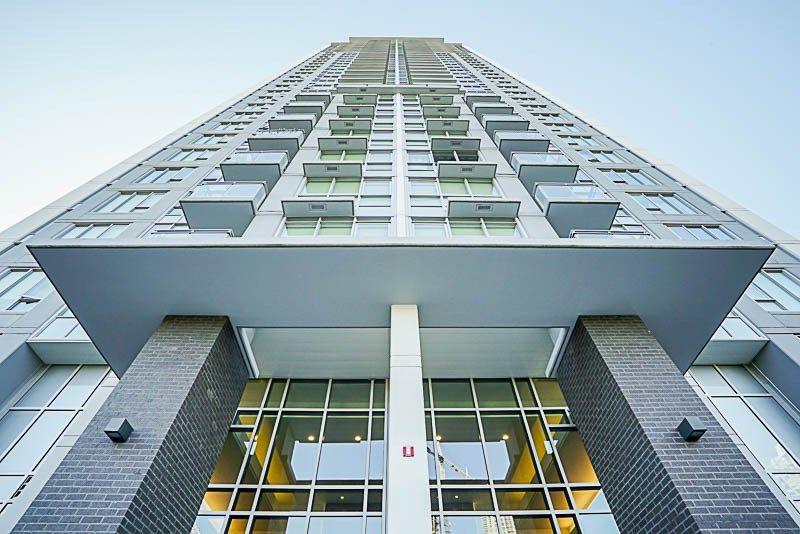 "Main Photo: 2509 13325 102A Avenue in Surrey: Whalley Condo for sale in ""Ultra, Surrey City Centre"" (North Surrey)  : MLS®# R2217737"