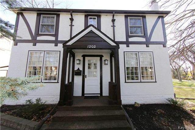 Main Photo: 1202 Grosvenor Avenue in Winnipeg: Residential for sale (1C)  : MLS®# 1728775