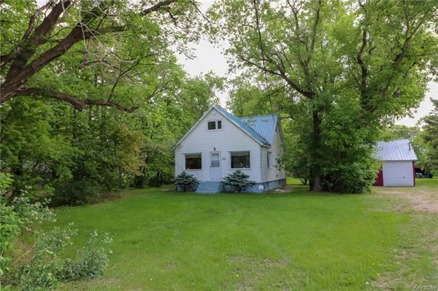 Main Photo: 74 Oak Drive in Poplar Point: R38 Residential for sale (R38 - RM of Portage la Prairie)  : MLS®# 1814673