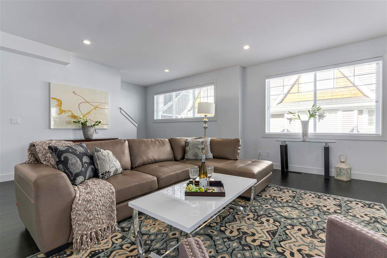 """Main Photo: 62 15988 32 Avenue in Surrey: Grandview Surrey Townhouse for sale in """"BLU"""" (South Surrey White Rock)  : MLS®# R2312899"""