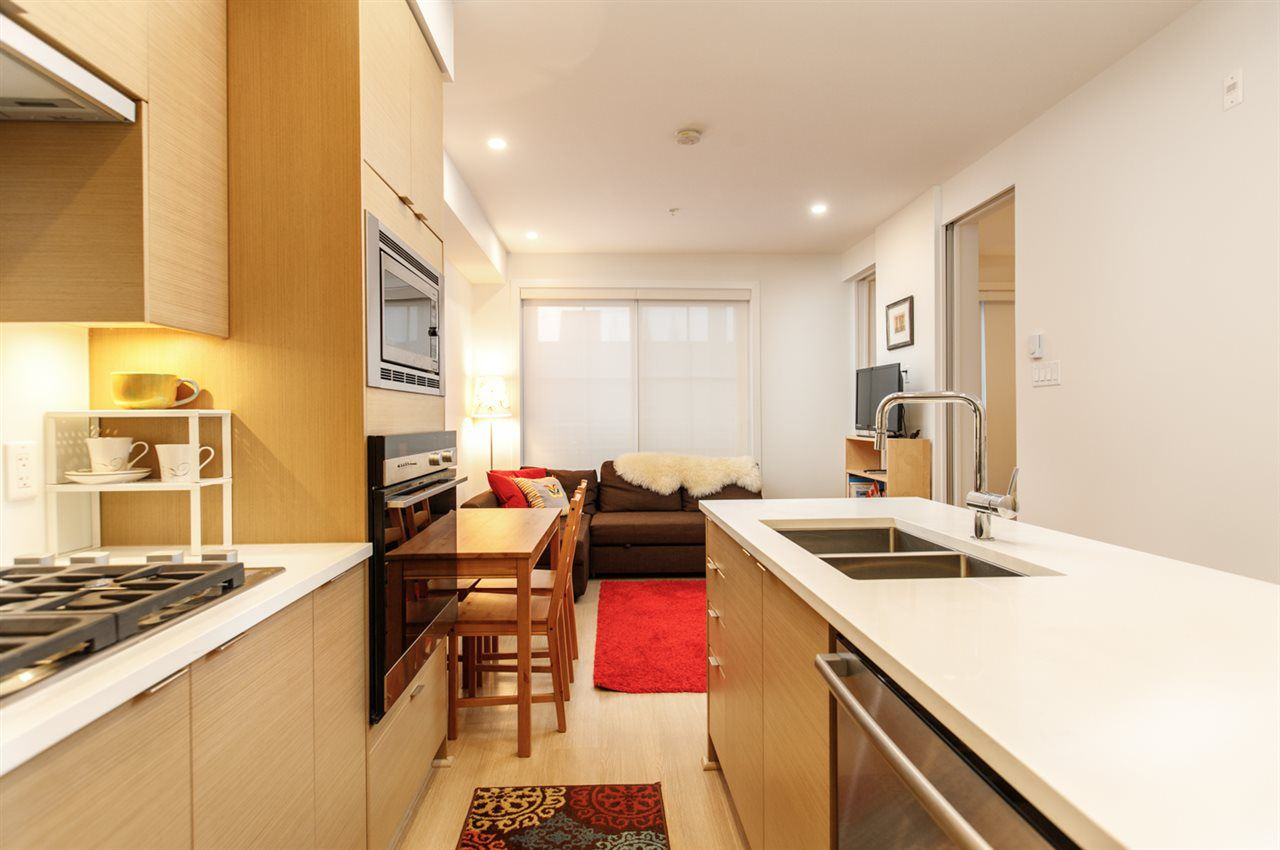"""Main Photo: 206 2528 COLLINGWOOD Street in Vancouver: Kitsilano Condo for sale in """"THE WESTERLY"""" (Vancouver West)  : MLS®# R2320723"""
