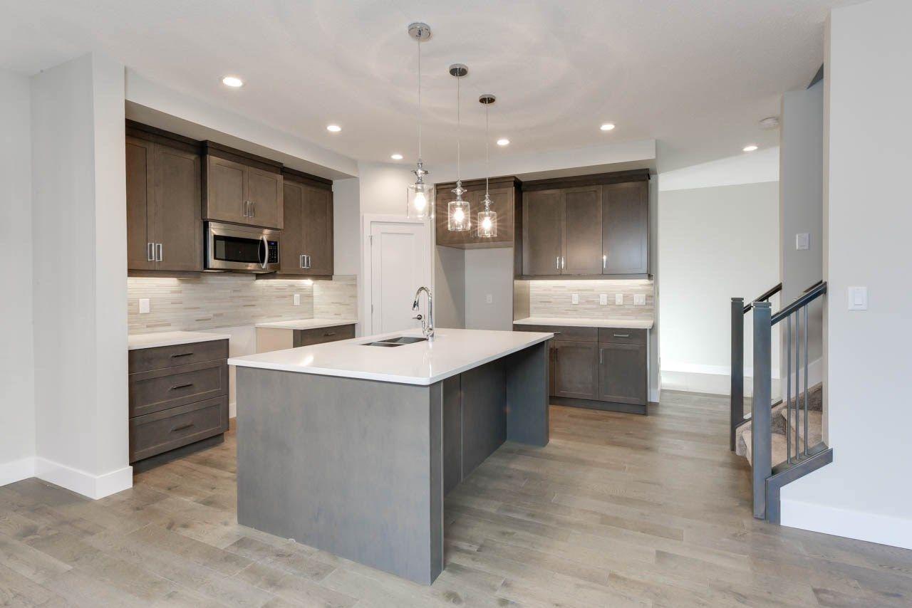 Photo 7: Photos: 15027 15 Street in Edmonton: Zone 35 House for sale : MLS®# E4135572