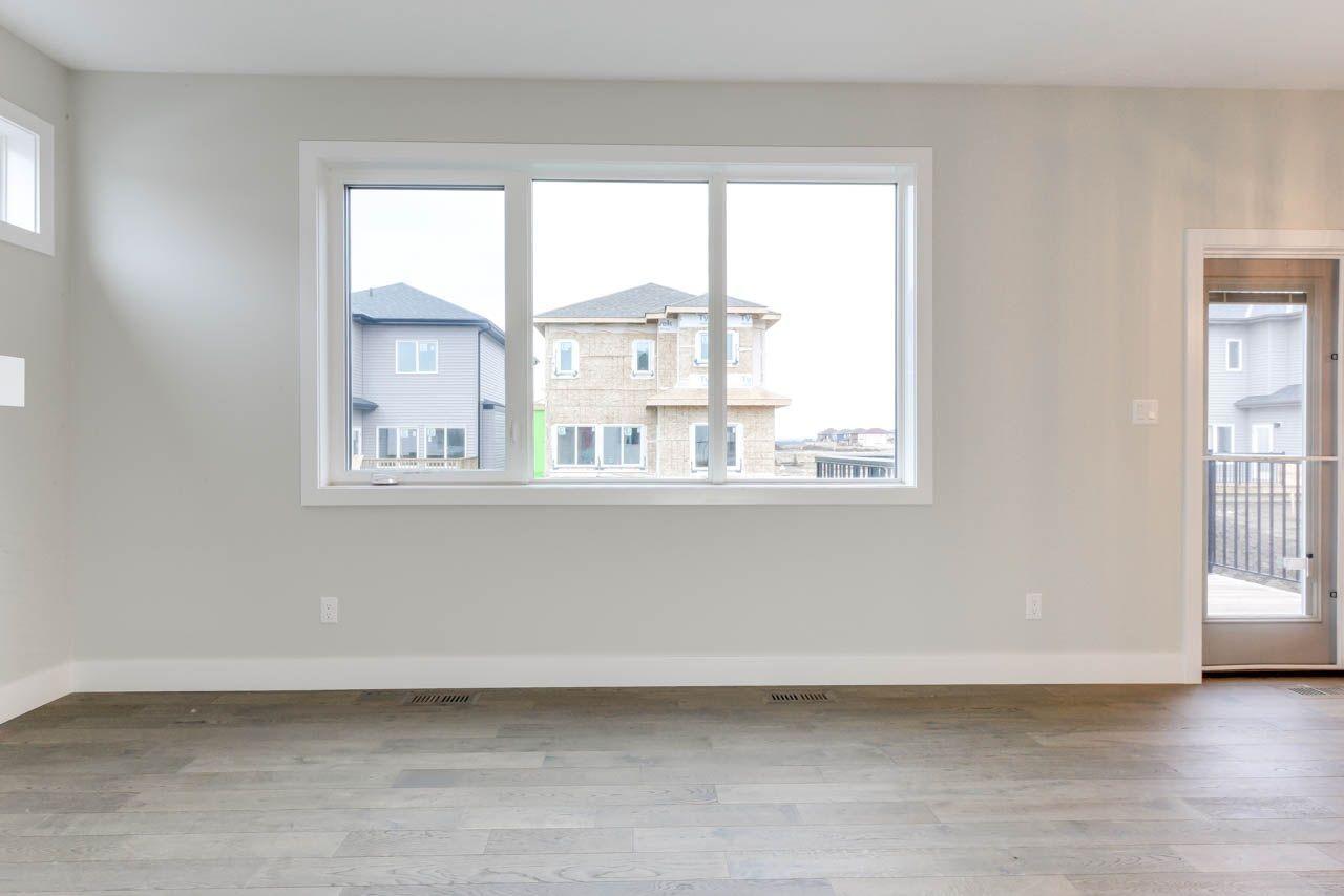 Photo 4: Photos: 15027 15 Street in Edmonton: Zone 35 House for sale : MLS®# E4135572