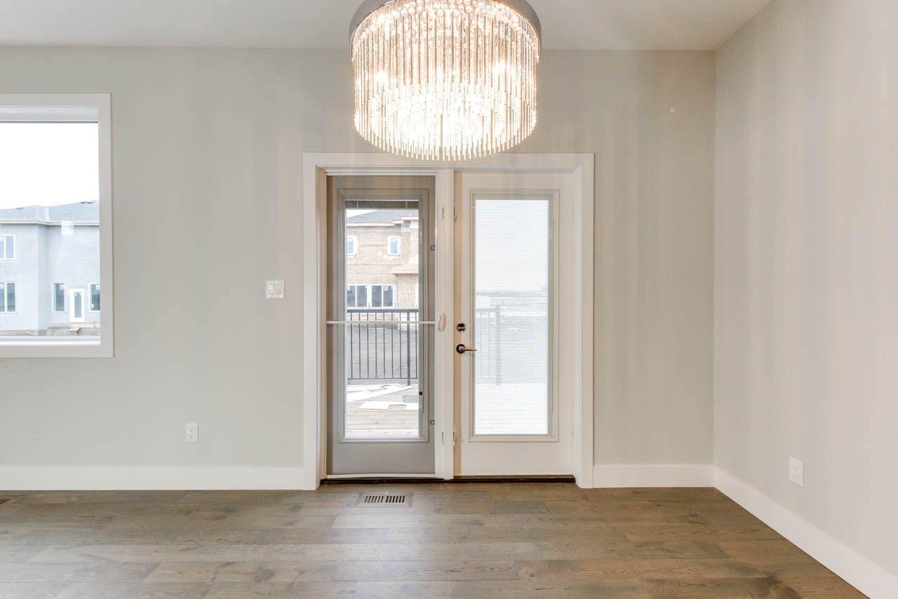 Photo 6: Photos: 15027 15 Street in Edmonton: Zone 35 House for sale : MLS®# E4135572