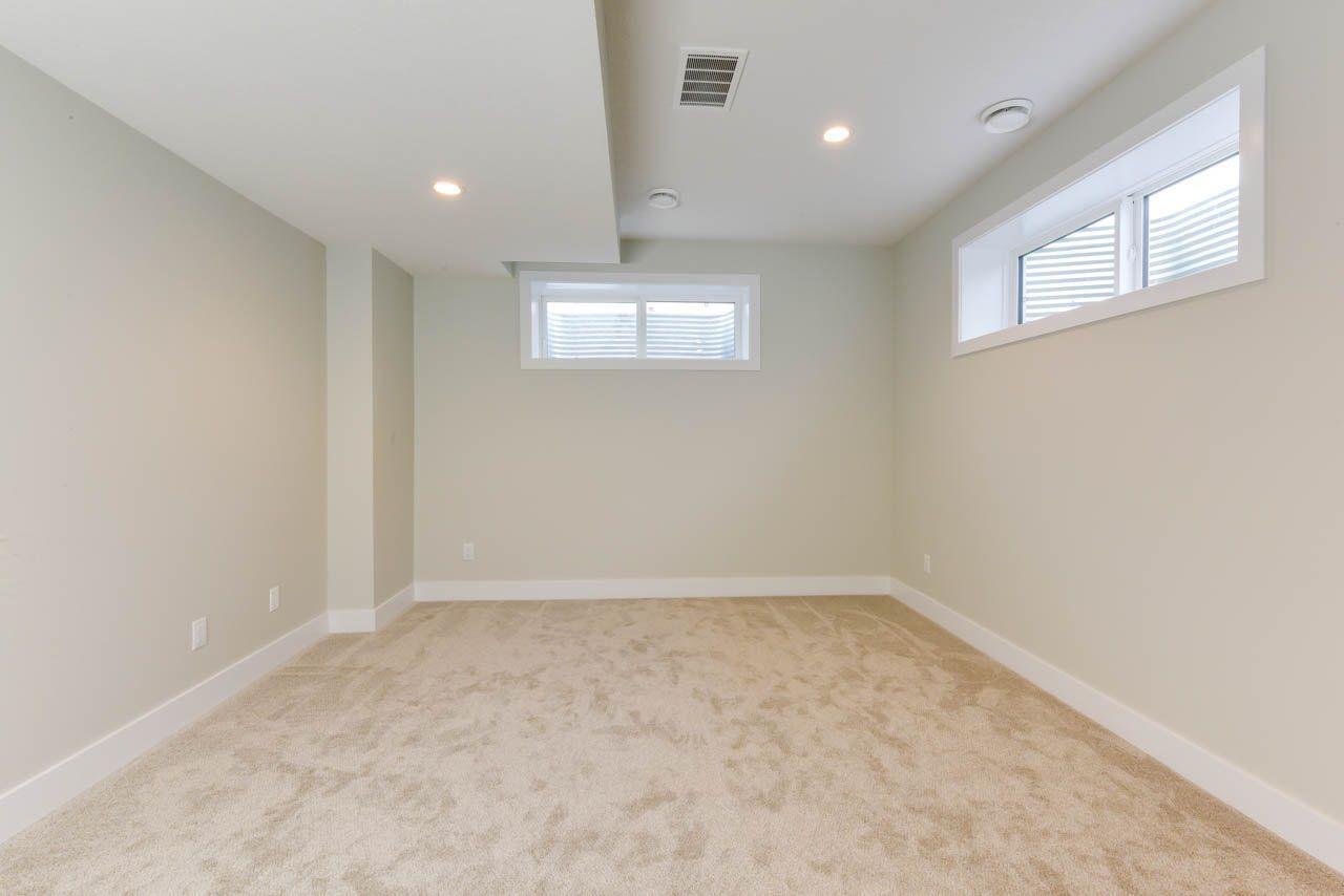 Photo 24: Photos: 15027 15 Street in Edmonton: Zone 35 House for sale : MLS®# E4135572
