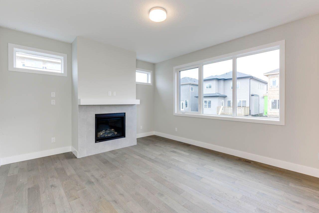 Photo 2: Photos: 15027 15 Street in Edmonton: Zone 35 House for sale : MLS®# E4135572