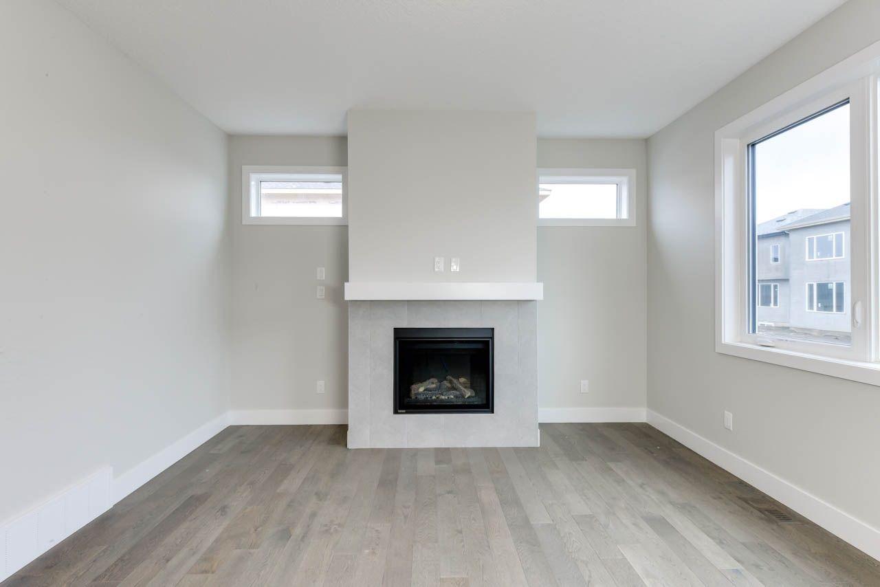 Photo 3: Photos: 15027 15 Street in Edmonton: Zone 35 House for sale : MLS®# E4135572