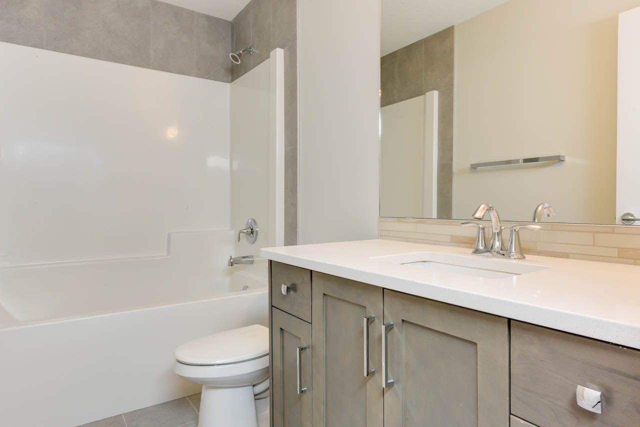 Photo 22: Photos: 15027 15 Street in Edmonton: Zone 35 House for sale : MLS®# E4135572