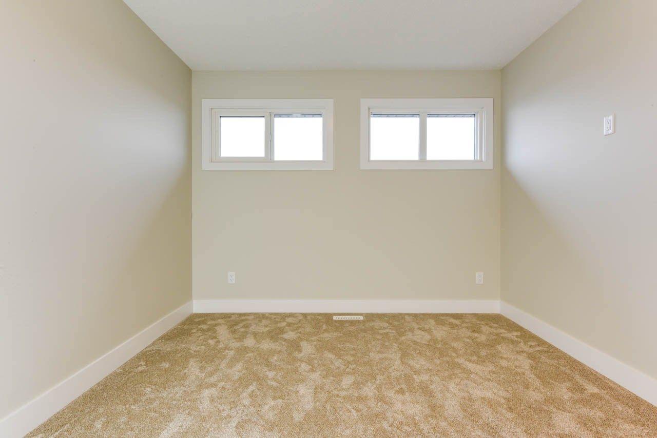 Photo 25: Photos: 15027 15 Street in Edmonton: Zone 35 House for sale : MLS®# E4135572