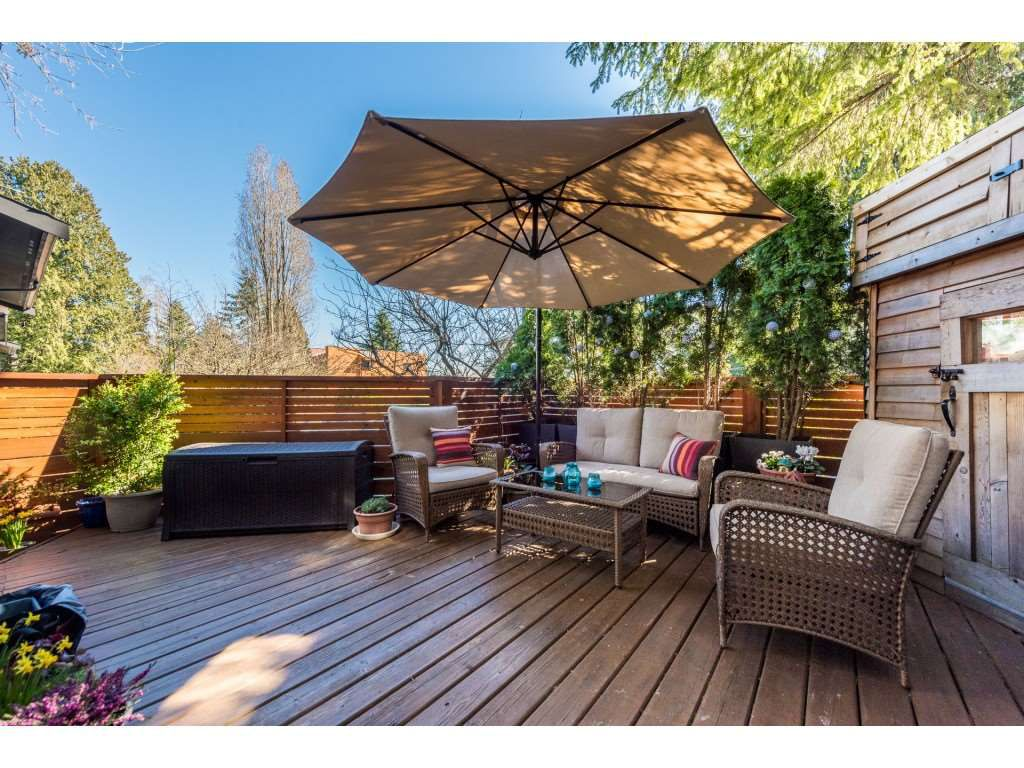 """Main Photo: 974 HOWIE Avenue in Coquitlam: Central Coquitlam Townhouse for sale in """"Wildwood Place"""" : MLS®# R2350981"""